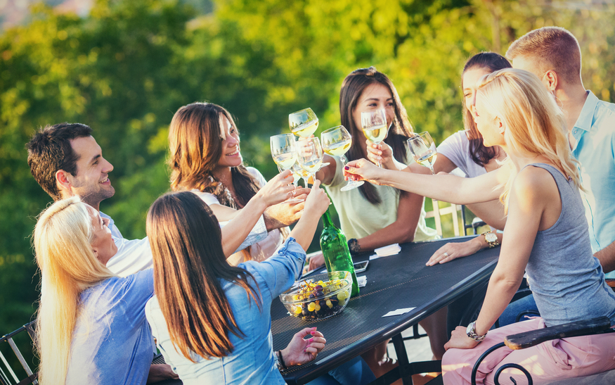 Large Group Event Transportation | Kelowna Wine, Boat, & Canyon Tours | Cheers! Okanagan